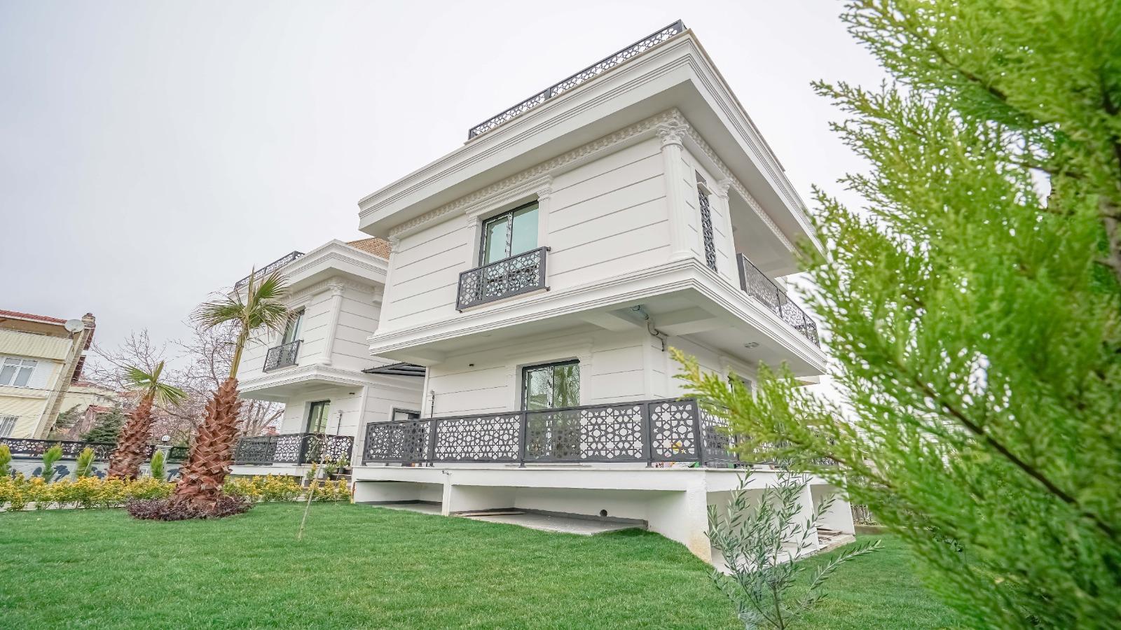فيلا 4+1 350 متر مربع في بيليك دوزو….اسطنبول