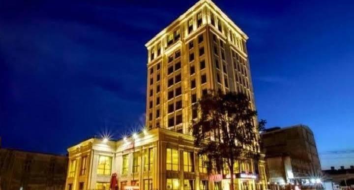 فندق خمس نجوم للبيع في توب كابي
