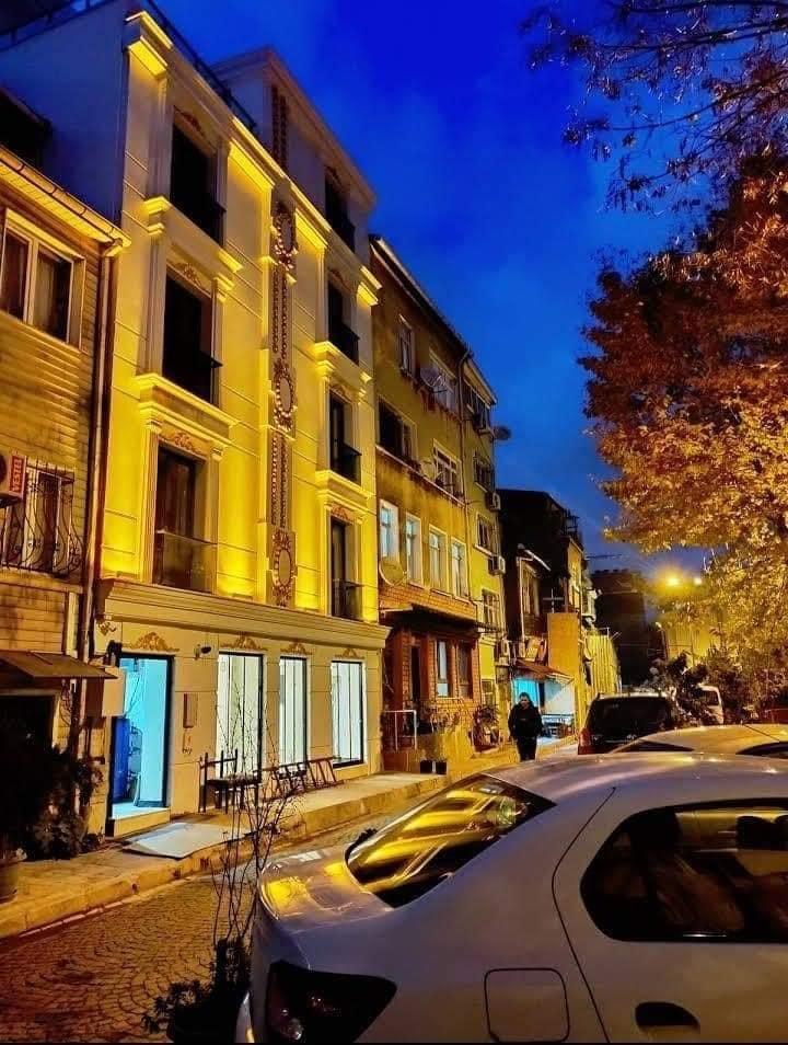 فندق للبيع في السلطان أحمد