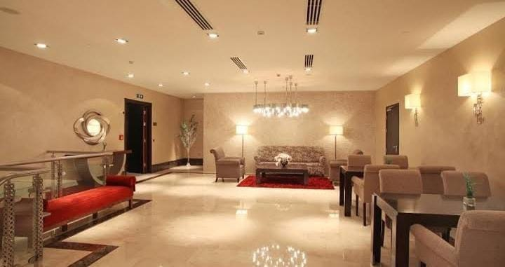 فندق خمس نجوم للبيع في شيشلي