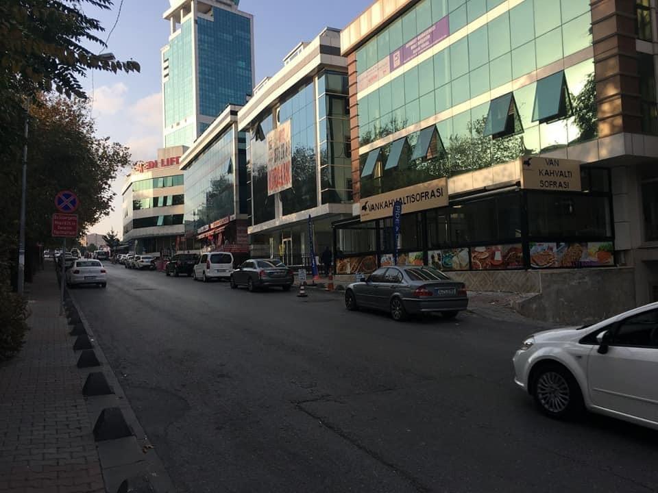بناء للبيع في منطقة بيليك دوزو…..اسطنبول