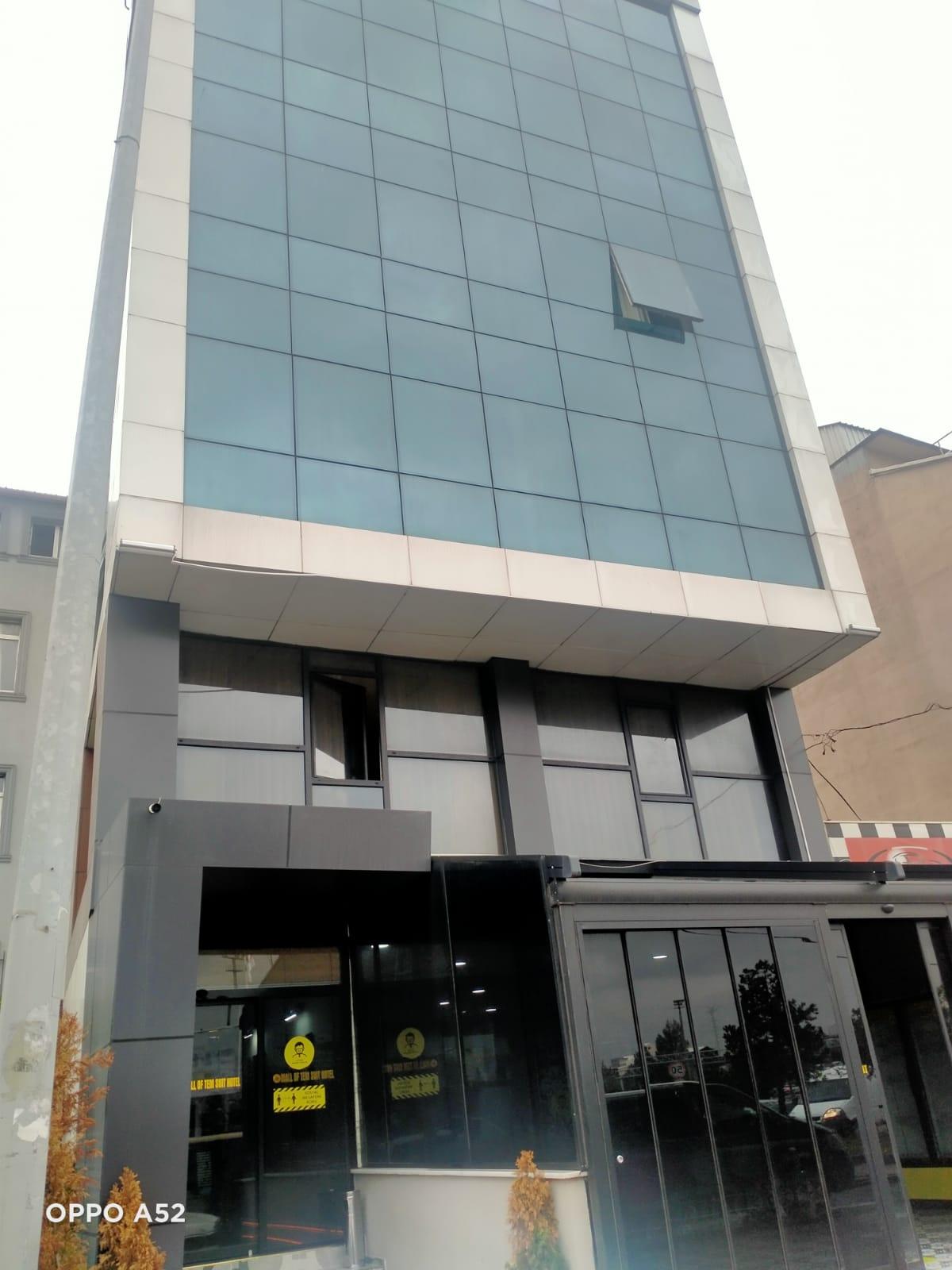 فندق للاستثمار في باشاك شاهير